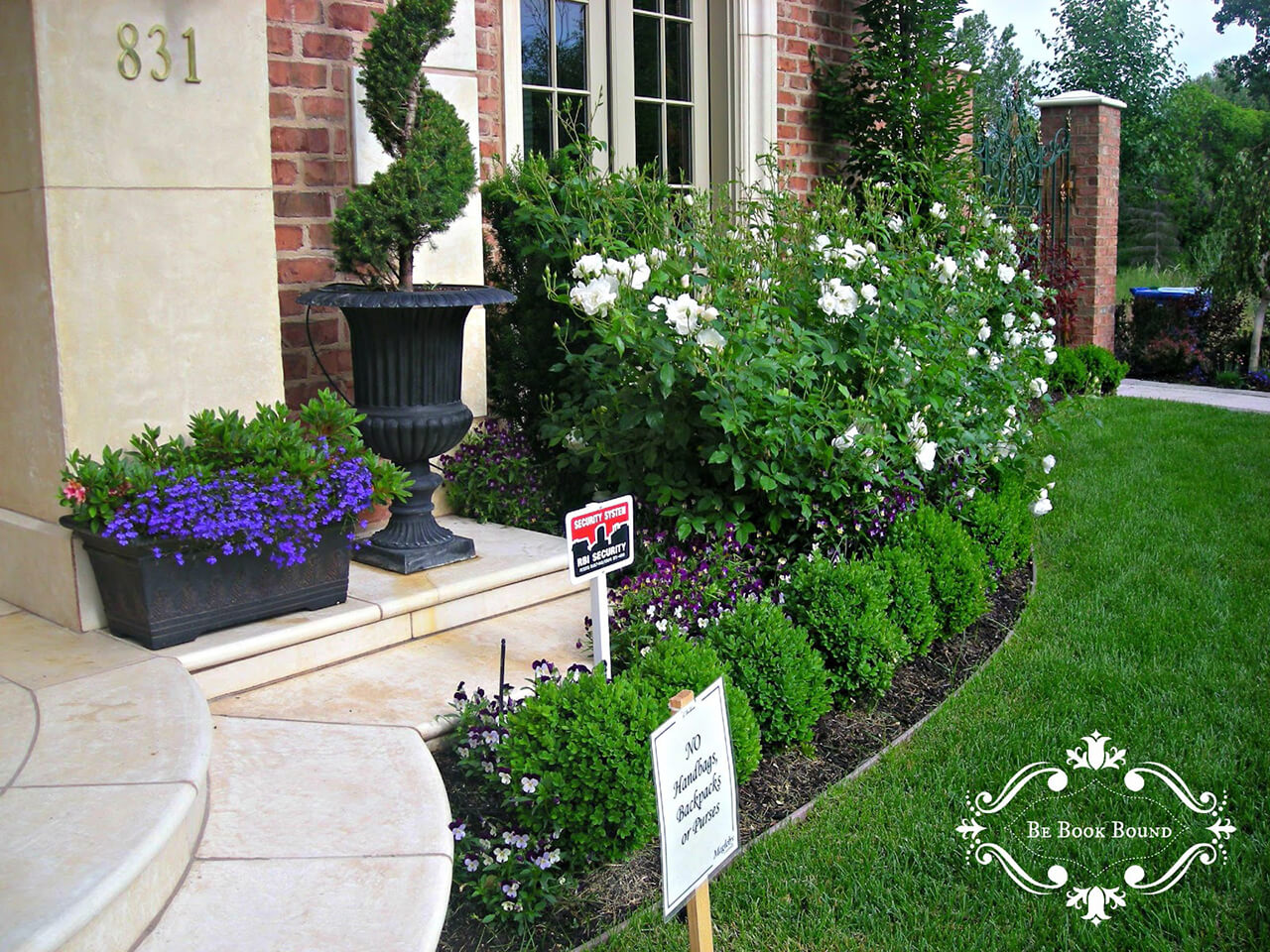 50 Best Front Yard Landscaping Ideas and Garden Designs ... on Backyard House Ideas id=97769