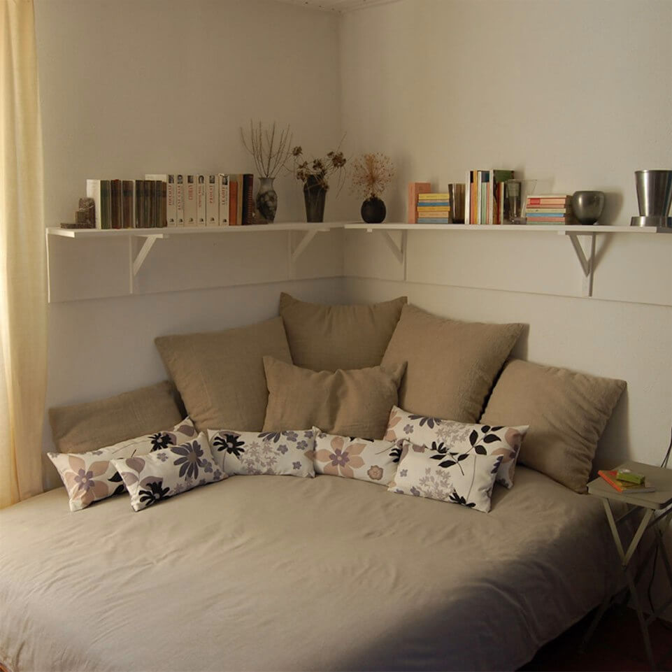 37 Best Small Bedroom Ideas and Designs for 2020 on Small Bedroom Ideas  id=90935