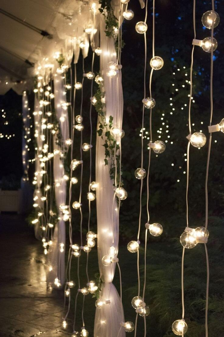 Curtains of Lights Bring Fairy-tale Charm