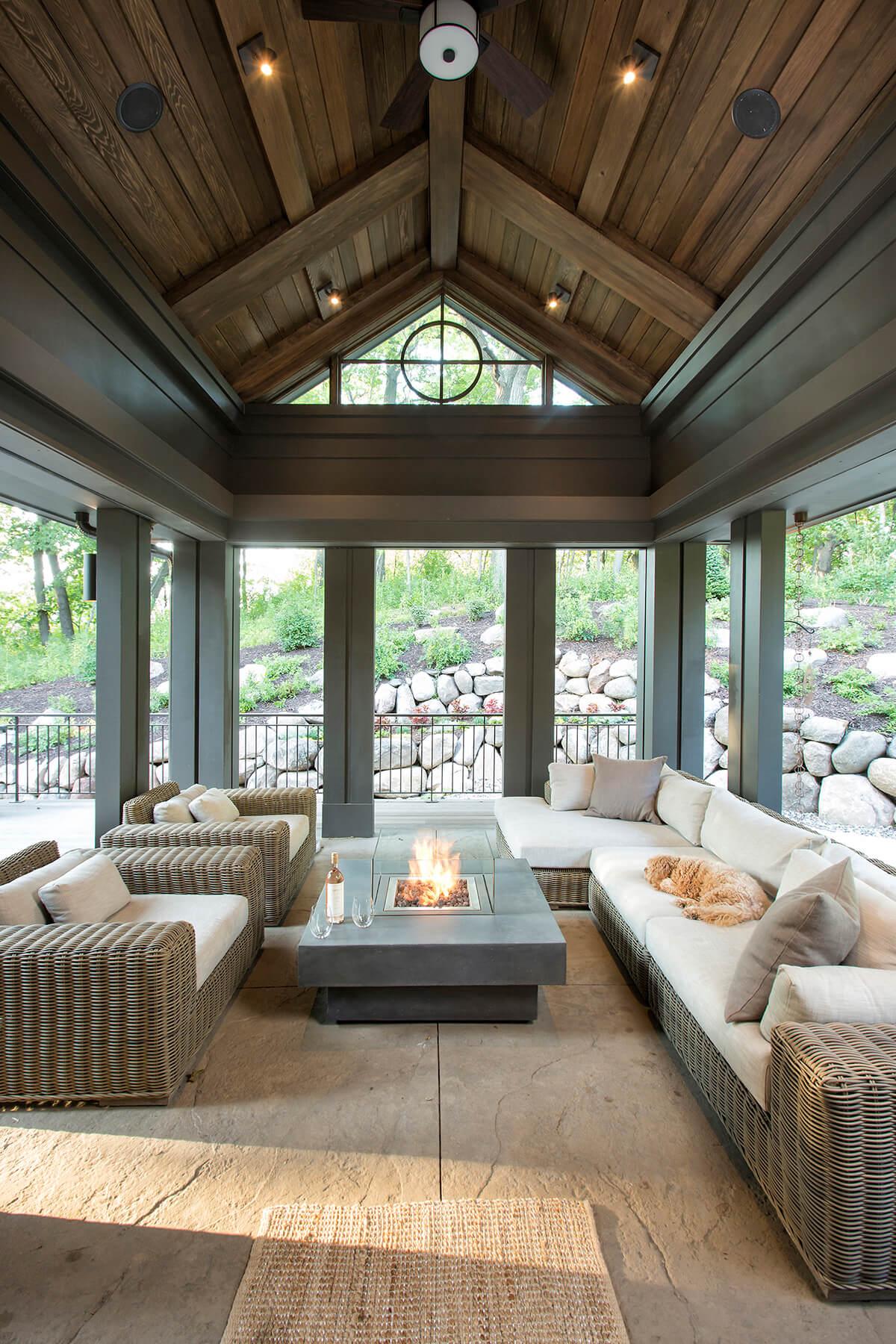 32 Best Beach House Interior Design Ideas and Decorations ... on House Interior Ideas  id=71190