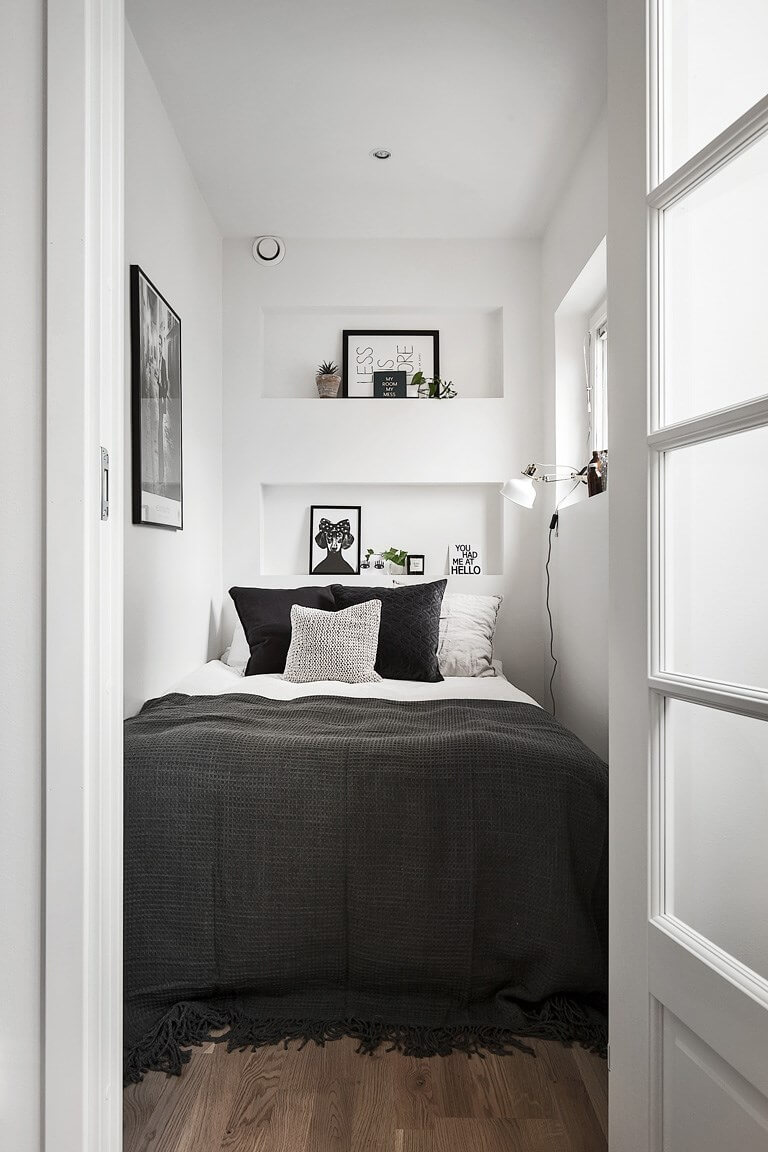 37 Best Small Bedroom Ideas and Designs for 2020 on Small Room Decoration  id=73999