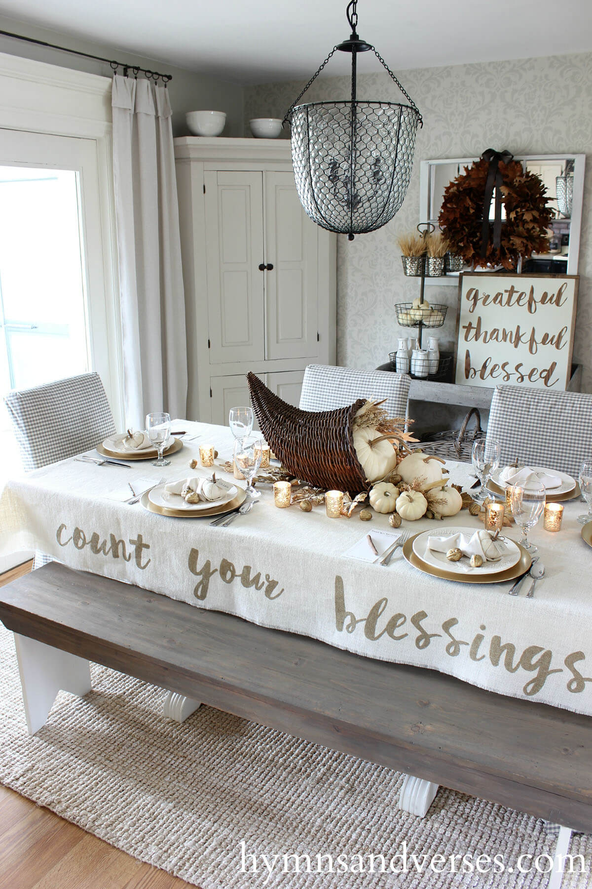 29 Best Farmhouse Fall Decorating Ideas and Designs for 2019 on Farmhouse Decorating Ideas  id=21432