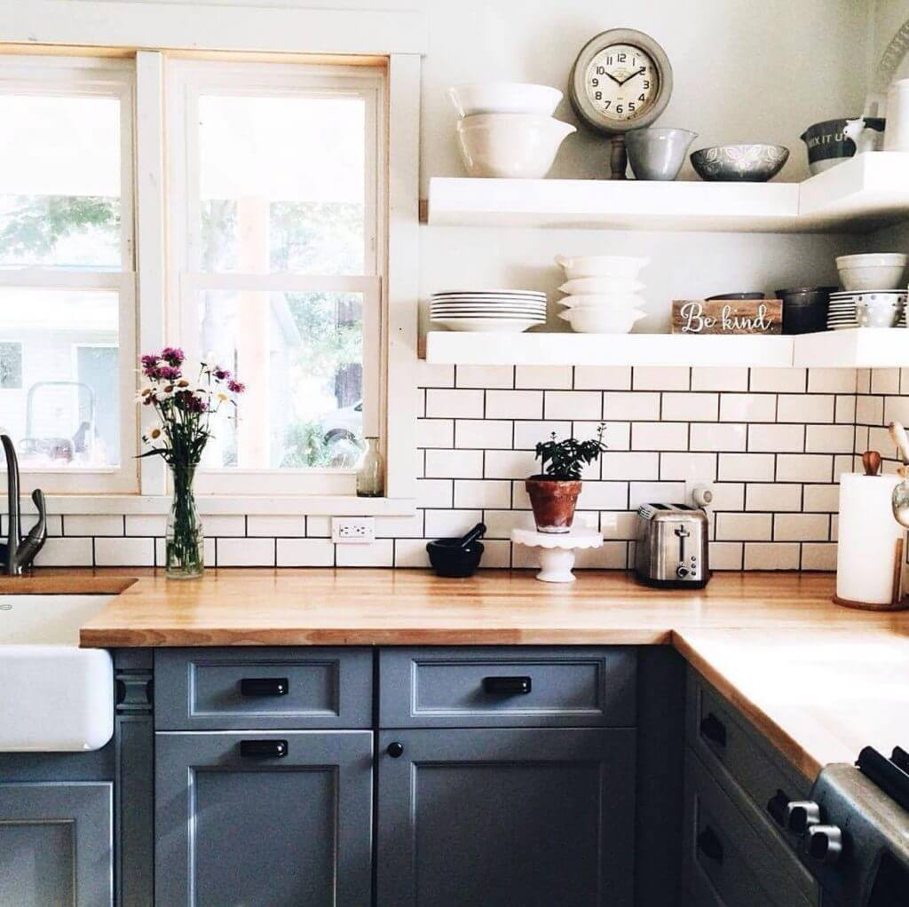 23 Best Cottage Kitchen Decorating Ideas and Designs for 2020 on Kitchen Decoration Ideas  id=90666