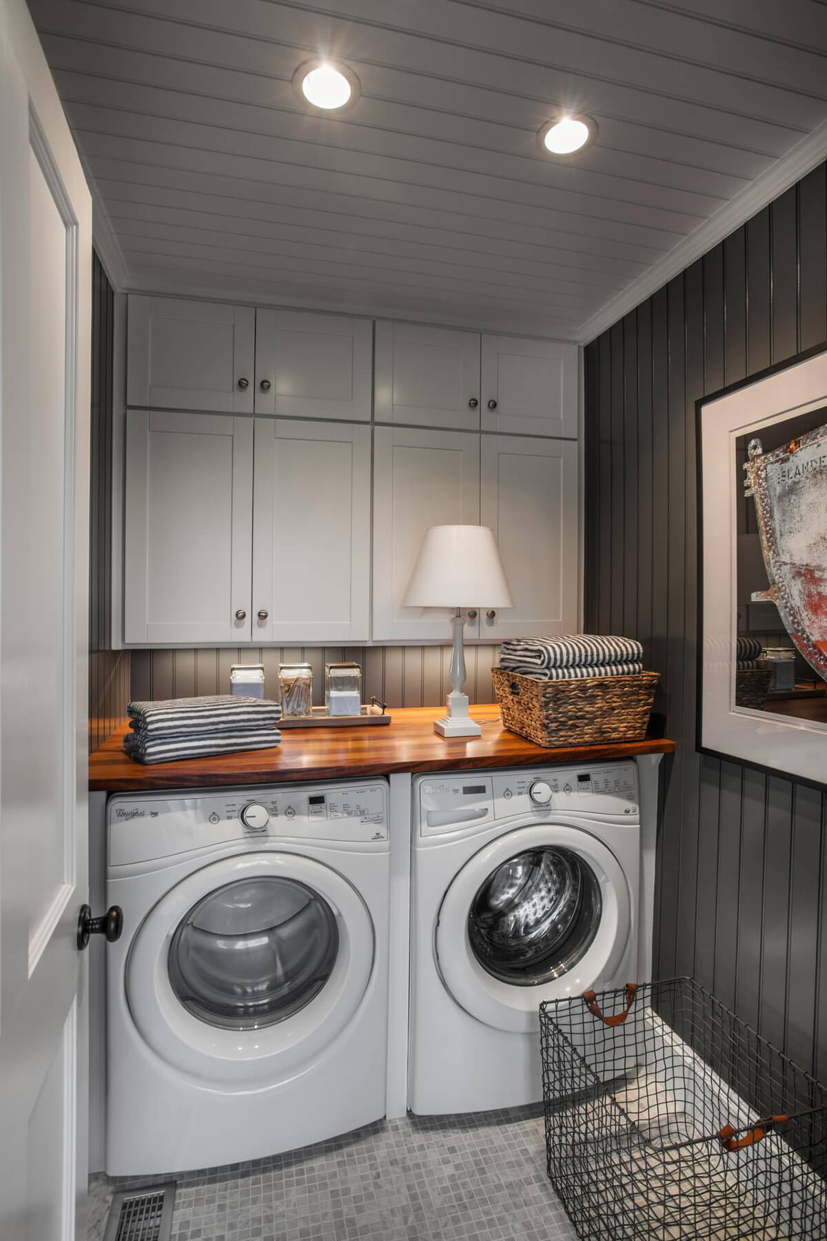 28 Best Small Laundry Room Design Ideas for 2020 on Laundry Decorating Ideas  id=21566