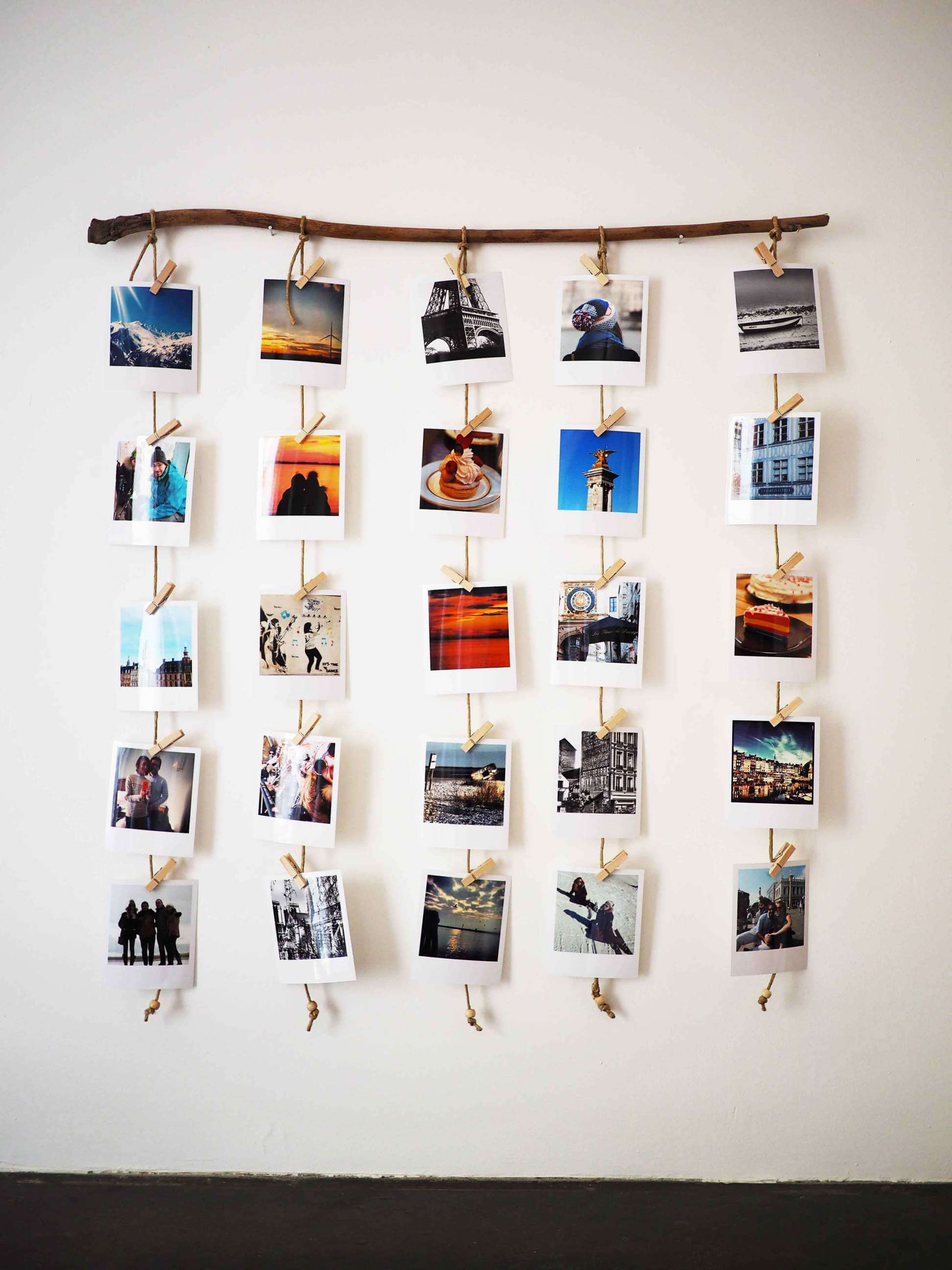 29 Best Travel Inspired Home Decor Ideas and Designs for 2020 on Picture Hanging Idea  id=67848