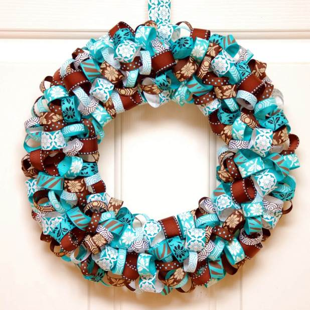 Christmas Wreath Ideas with Ribbon