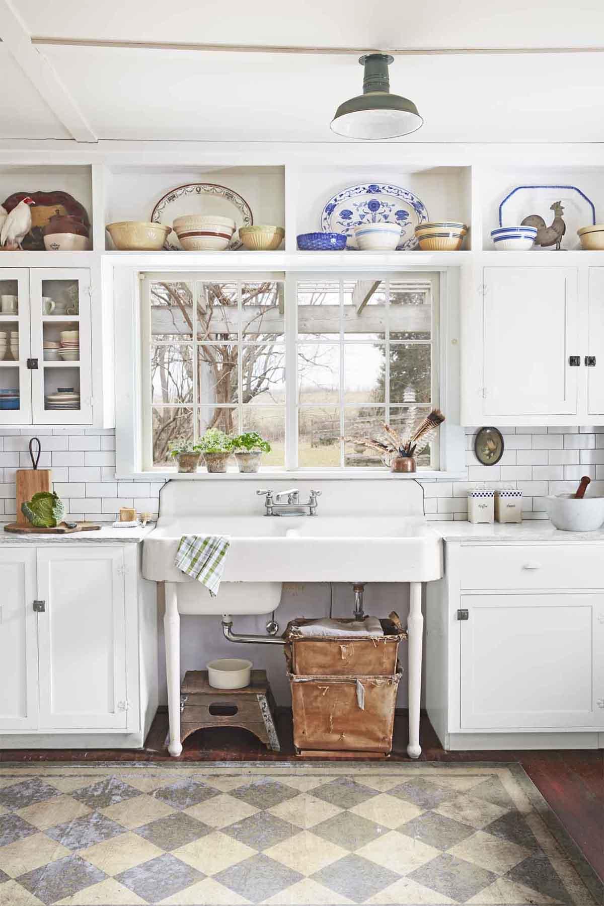 34 Best Vintage Kitchen Decor Ideas and Designs for 2020 on Kitchen Decoration Ideas  id=72841