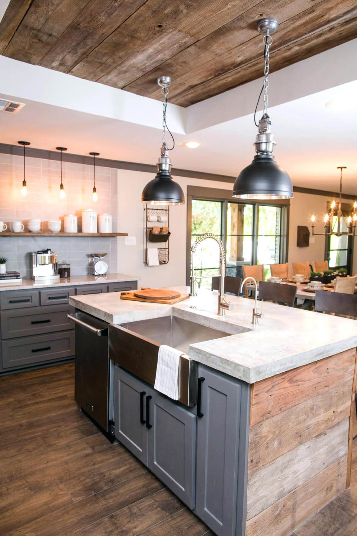 35 Best Farmhouse Kitchen Cabinet Ideas and Designs for 2020 on Farmhouse Countertops  id=30817