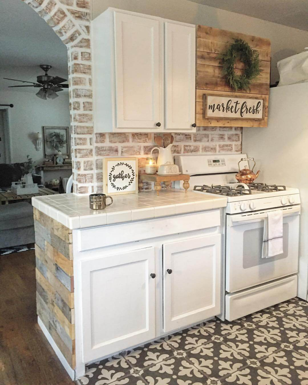 35+ Best Farmhouse Interior Ideas and Designs for 2020 on Farmhouse Rustic Kitchen Ideas  id=99838
