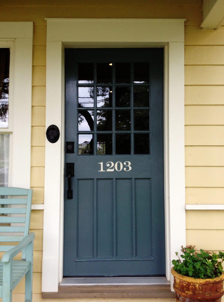 30 Best Front Door Color Ideas and Designs for 2020 on Door Color Ideas  id=17139