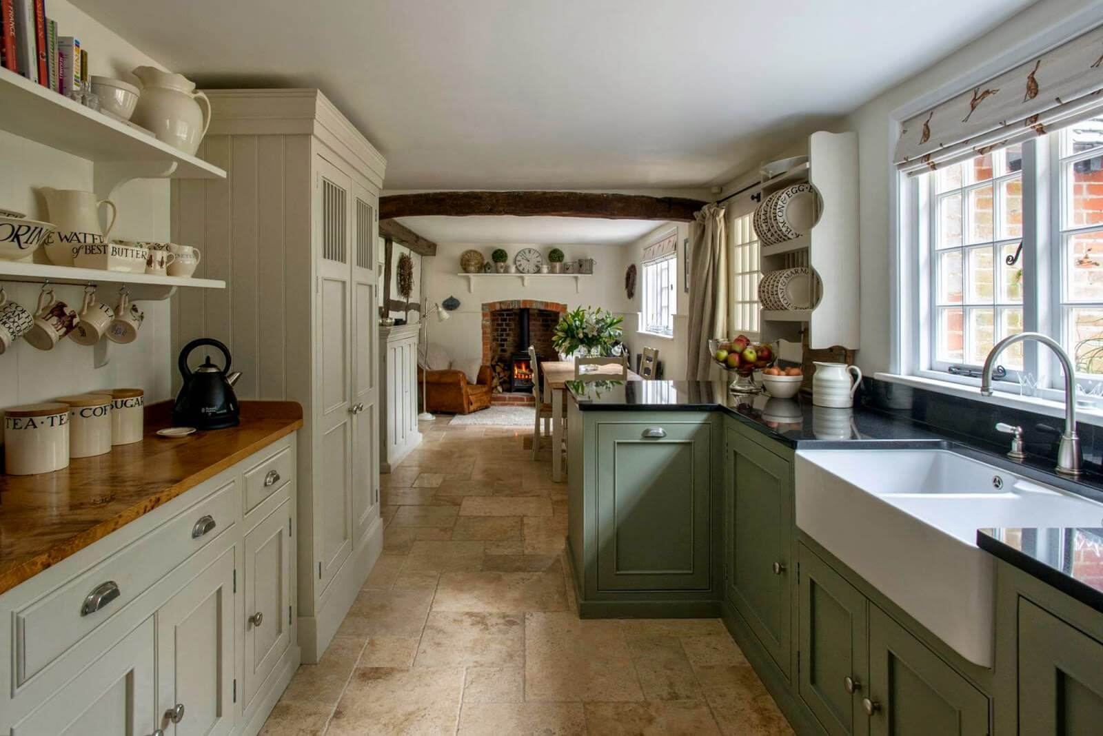 35 Best Farmhouse Kitchen Cabinet Ideas and Designs for 2020 on Farmhouse Kitchen Ideas  id=93714