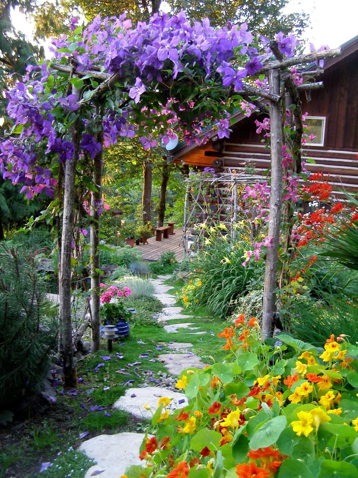 45+ Best Cottage Style Garden Ideas and Designs for 2020 on Bungalow Backyard Ideas id=72735