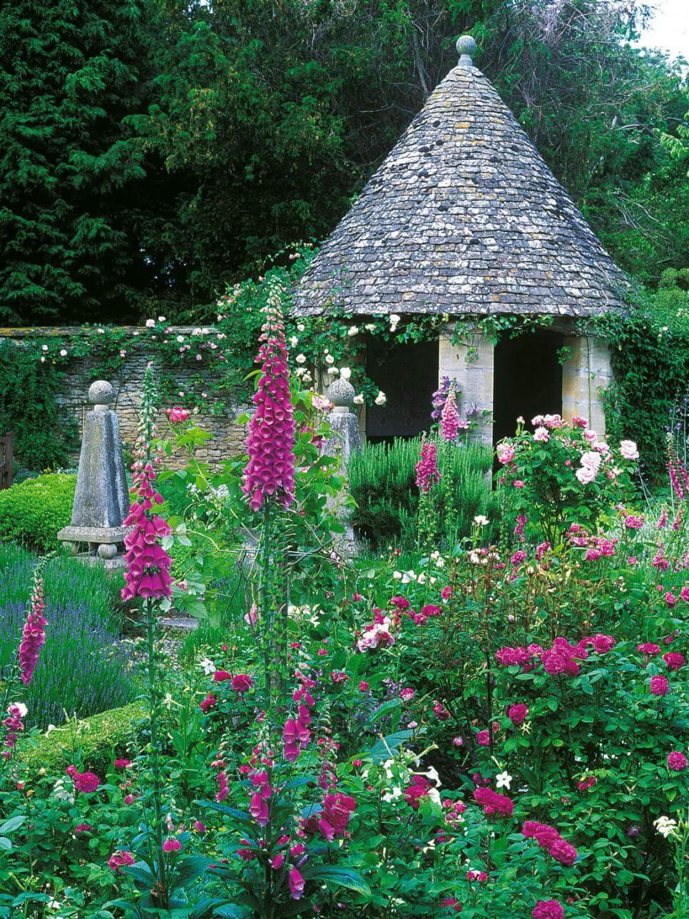 45+ Best Cottage Style Garden Ideas and Designs for 2020 on Bungalow Backyard Ideas id=92718