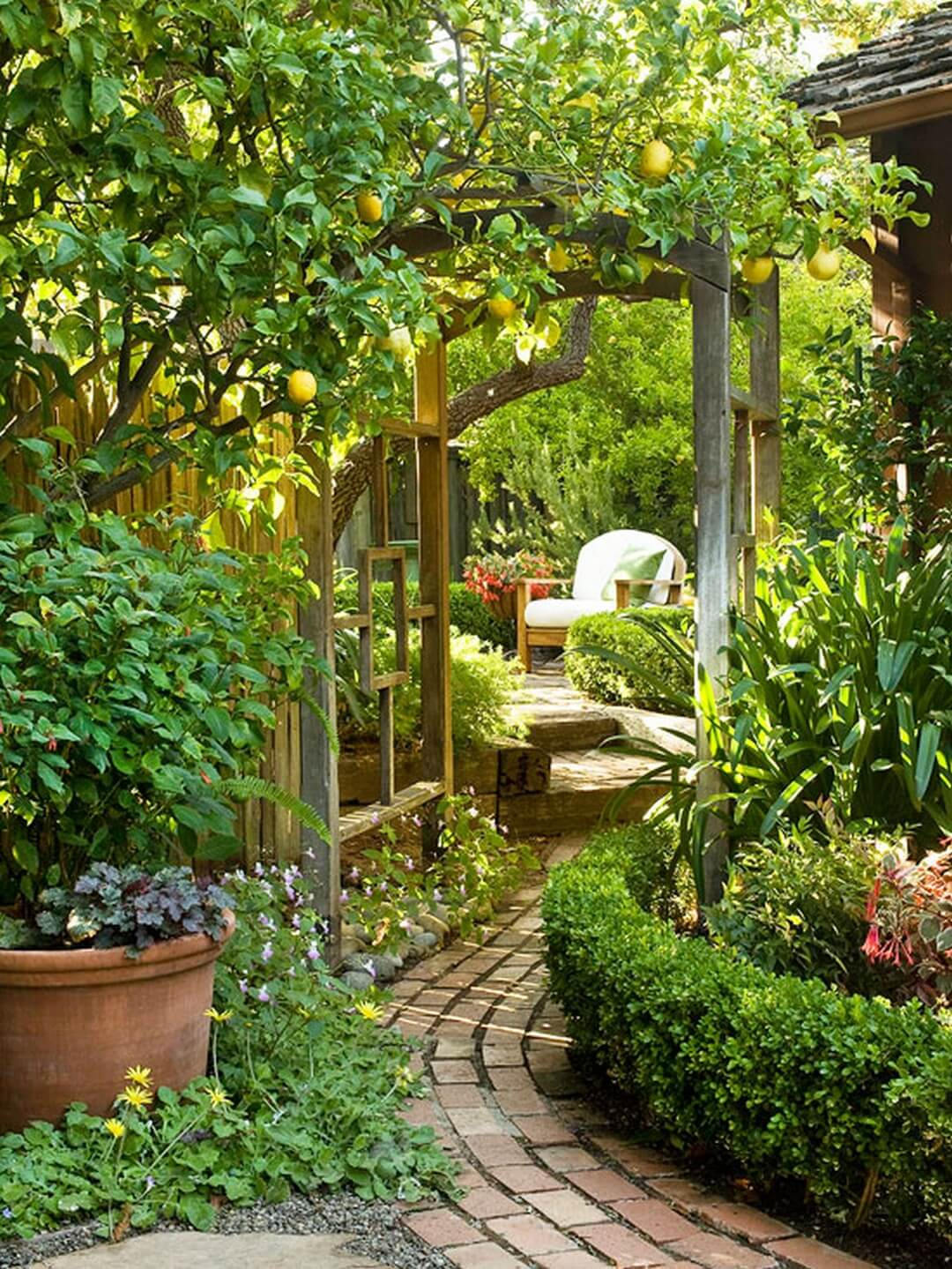 45+ Best Cottage Style Garden Ideas and Designs for 2020 on Bungalow Backyard Ideas id=24468