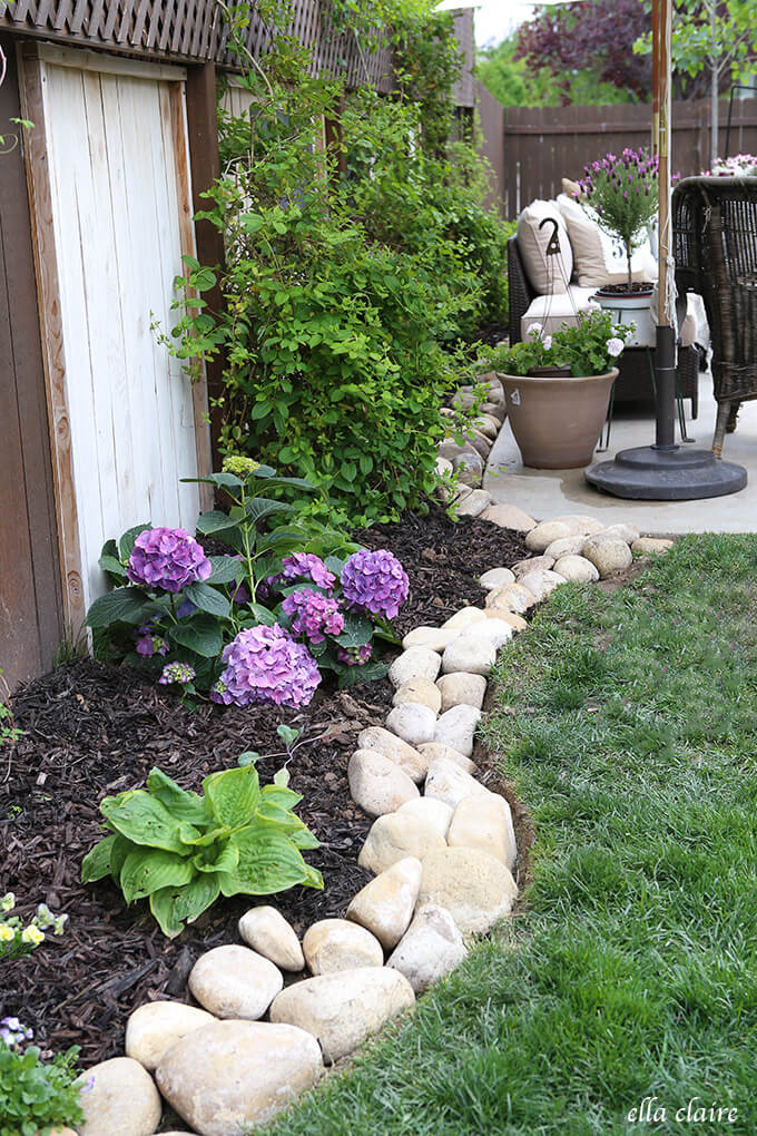 25+ Best Lawn-Edging Ideas and Designs for 2020 on Backyard Border Ideas  id=47597