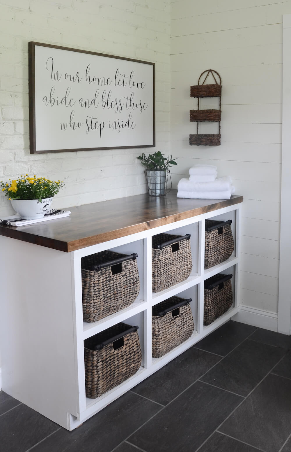 34 Best Farmhouse Laundry Room Decor Ideas And Designs For 2019