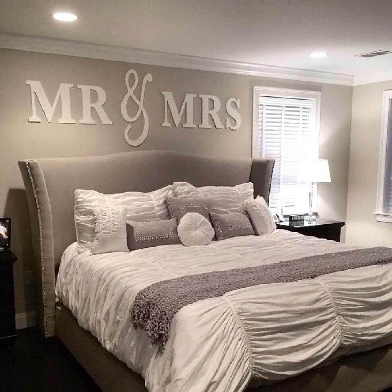 13+ Best Bedroom Wall Decor Ideas and Designs for 13
