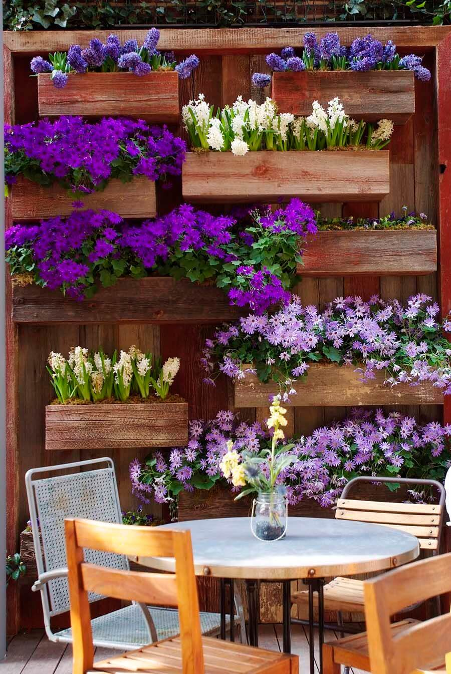 31 Best Garden Fence Decoration Ideas and Designs for 2020 on Backyard Patio Landscaping id=70035
