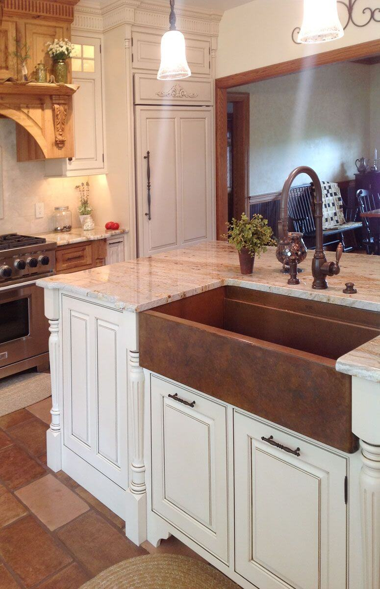 26 Farmhouse Kitchen Sink Ideas and Designs for 2020 on Farmhouse Kitchen Sink Ideas  id=13338