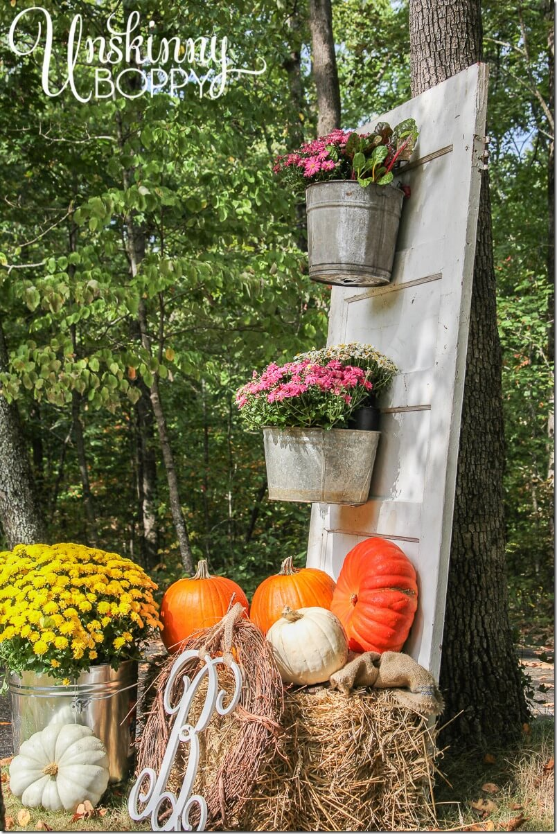 27 Best Old Door Outdoor Decor Ideas and Designs for 2020 on Garden Decor Ideas  id=39831