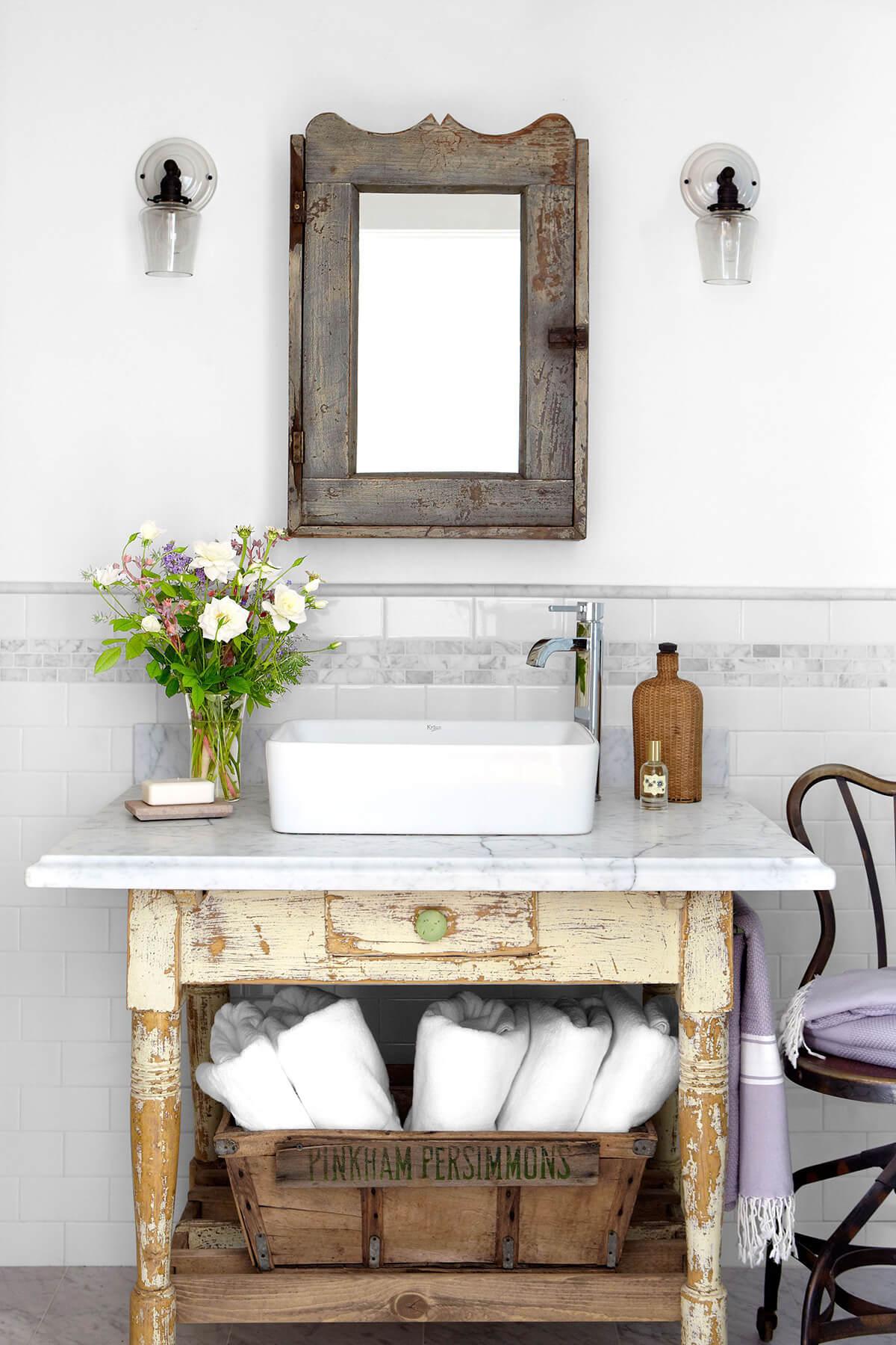 35 best rustic bathroom vanity ideas and designs for 2020 on rustic bathroom designs photos id=29343