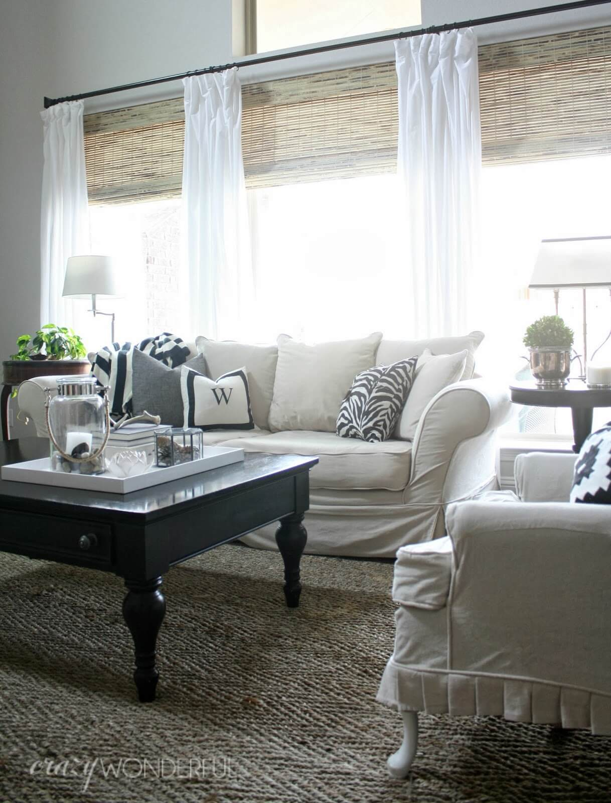 12 Best Living Room Curtain Ideas and Designs for 2020 on Living Room Curtains Ideas  id=47242