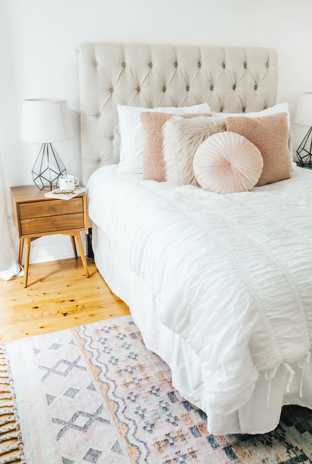14 Best Trendy Bedroom Decor and Design Ideas for 2020 on Trendy Bedroom  id=40083
