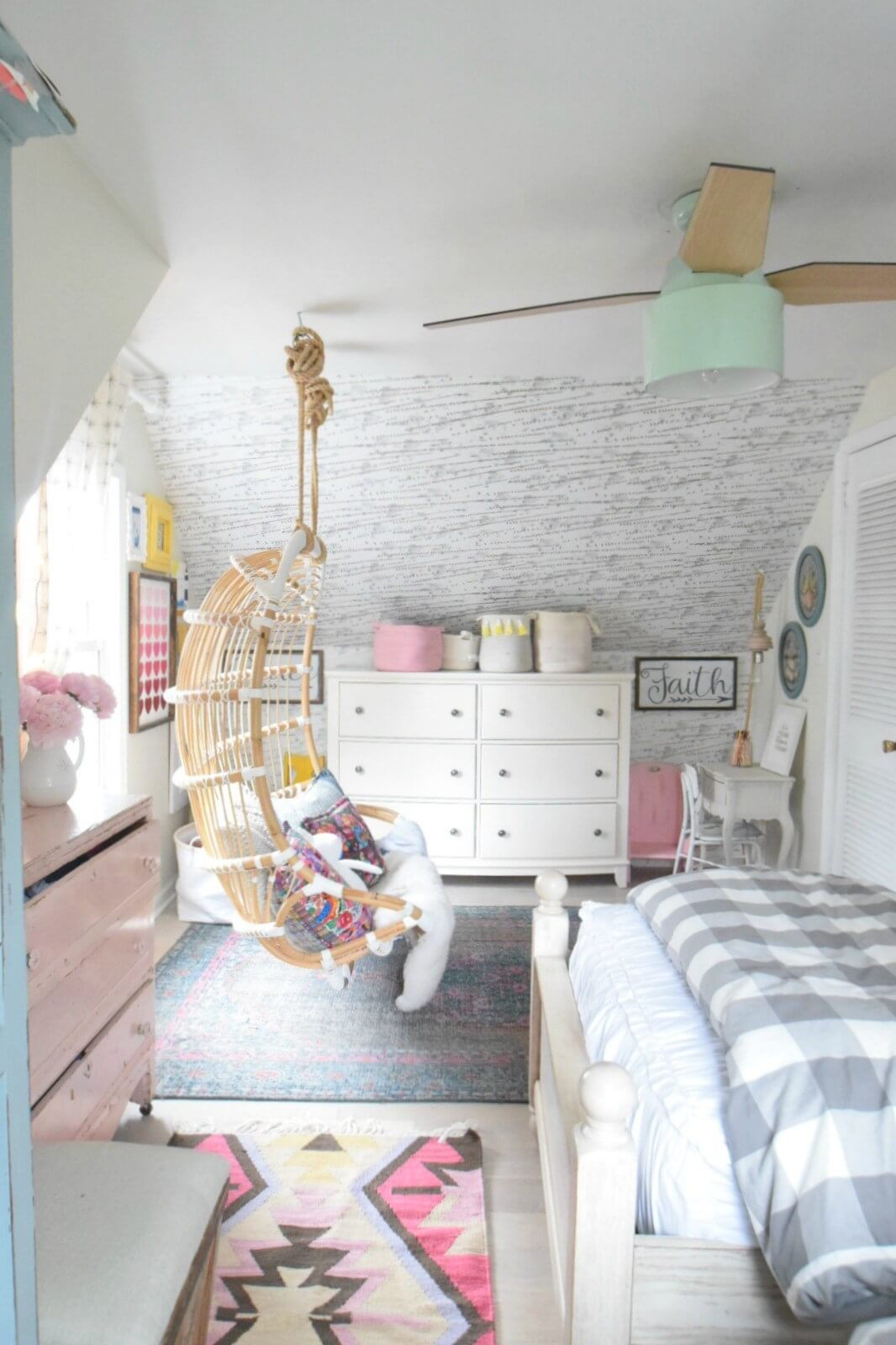 14 Best Trendy Bedroom Decor and Design Ideas for 2020 on Trendy Room  id=11601