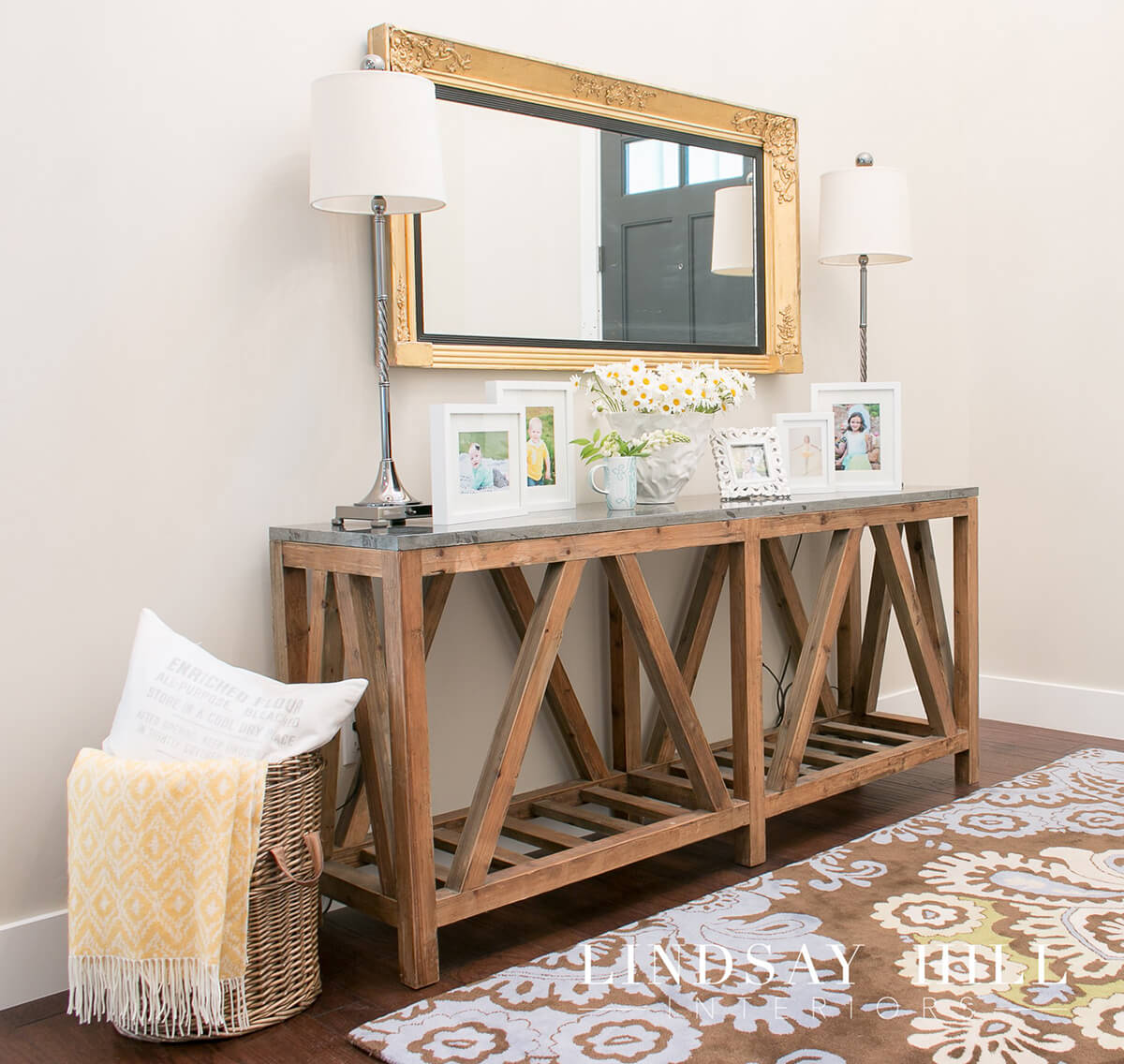 12 best console table decorating ideas