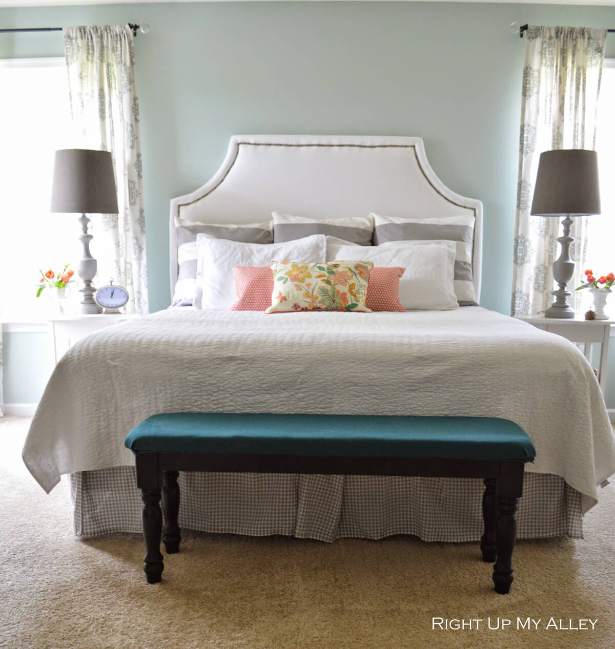 25 Best Cozy Bedroom Decor Ideas and Designs for 2020 on Main Bedroom Decor  id=55541
