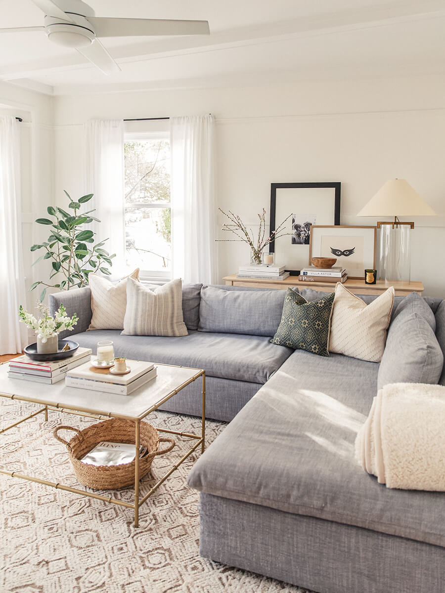 Cozy and Inviting with a Corner Couch — Homebnc on Small Living Room Ideas 2019  id=21860