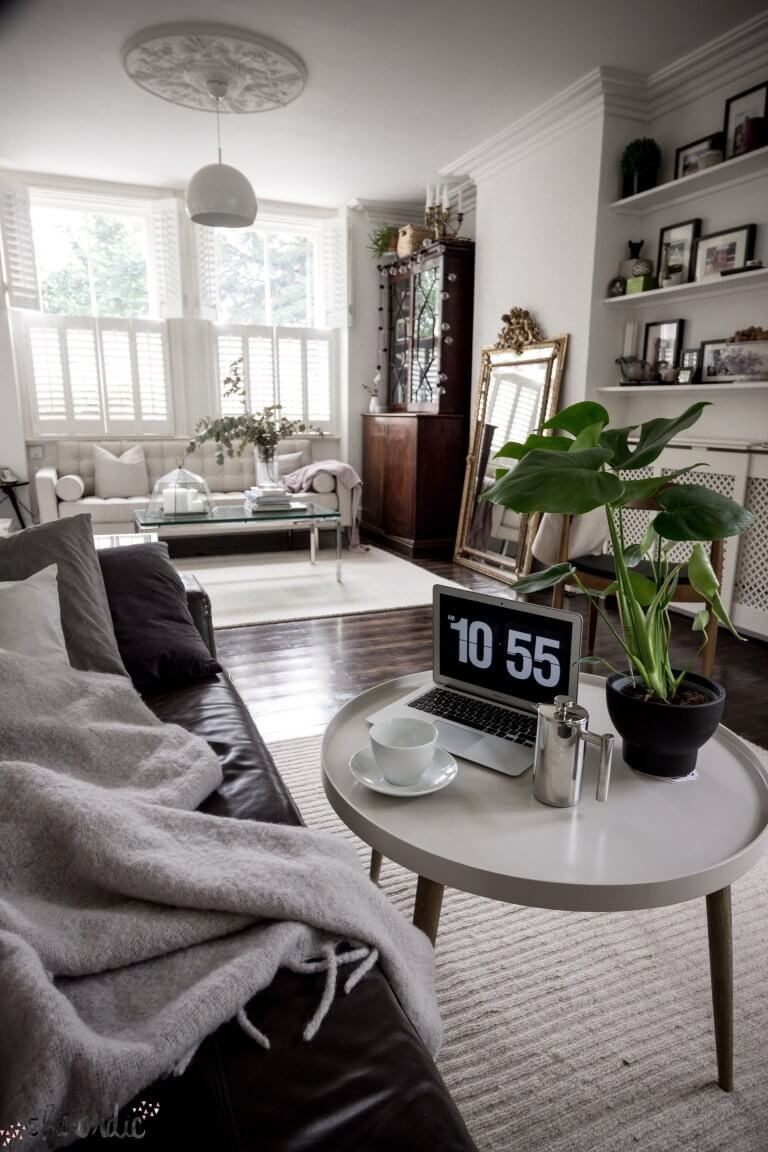 20 Best Small Apartment Living Room Decor and Design Ideas ... on Small Living Room Ideas 2019  id=79216