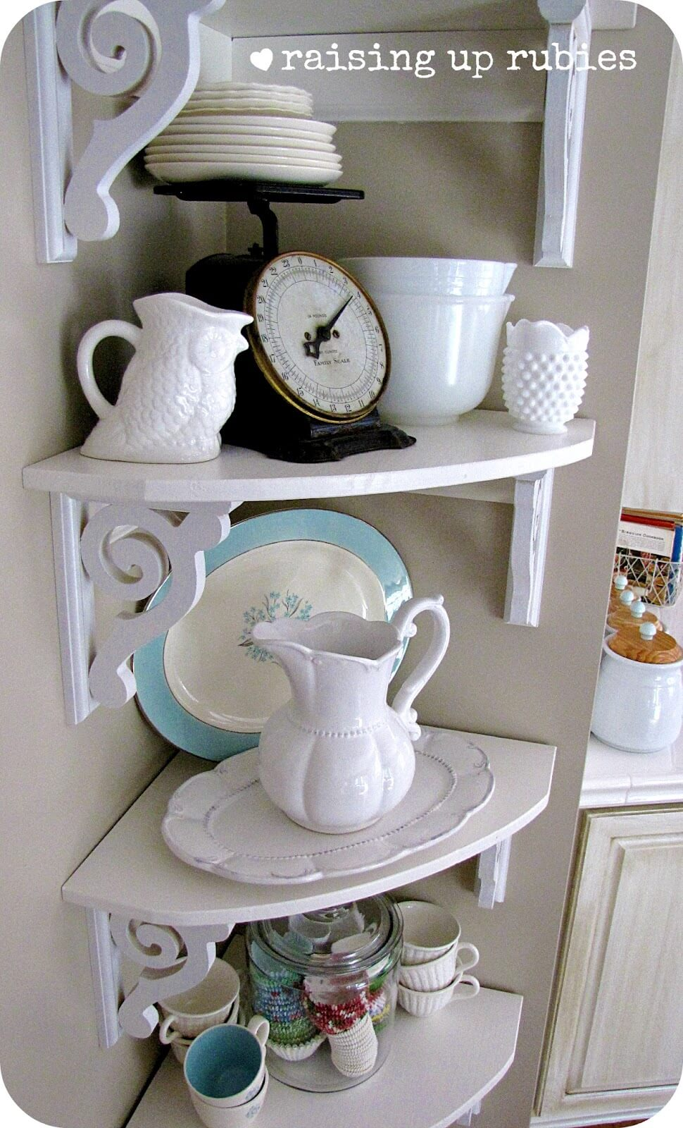 Space-Utilizing DIY Corner Shelf Design