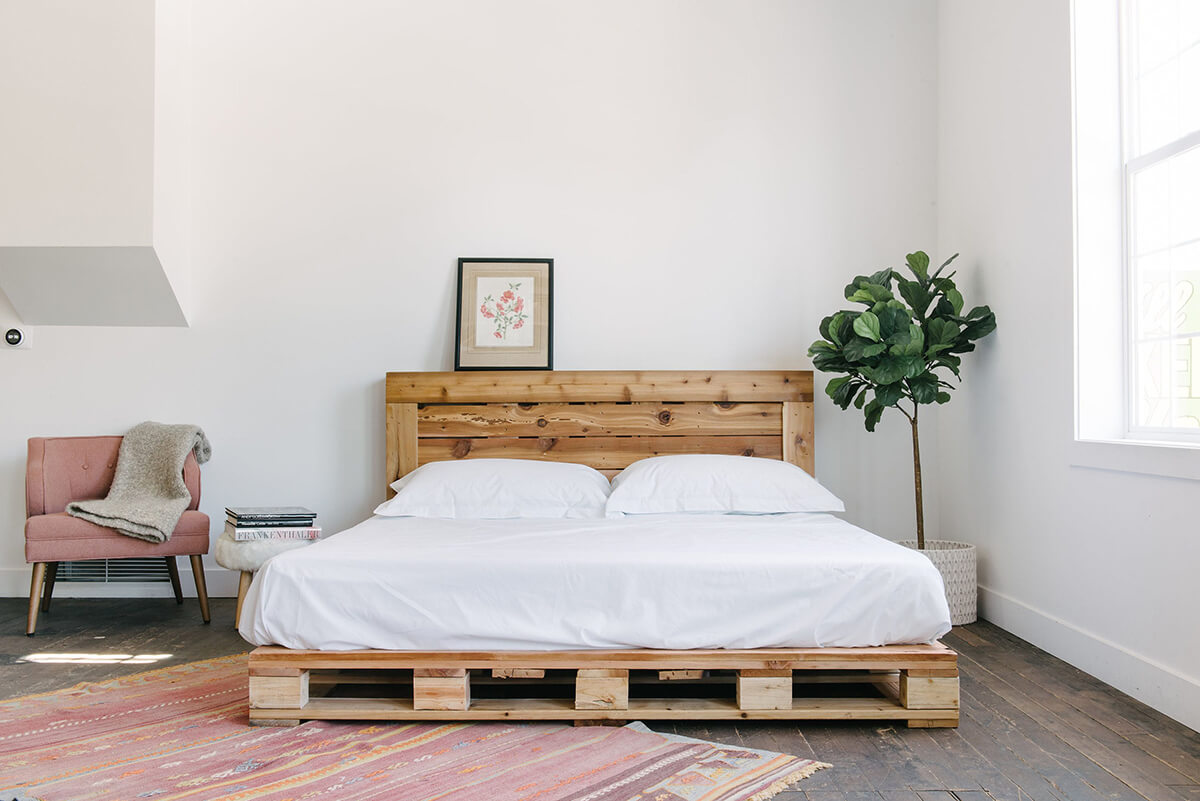 20 Best DIY Pallet Bed Frame Ideas to Update Your Bedroom ... on Bedroom Pallet Ideas  id=26114