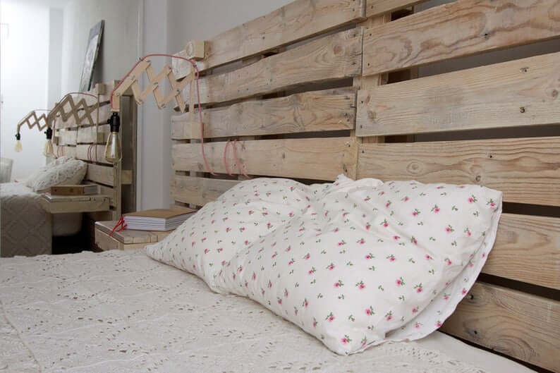 Reclaimed Pallet Wood Headboard with Reading Lamp