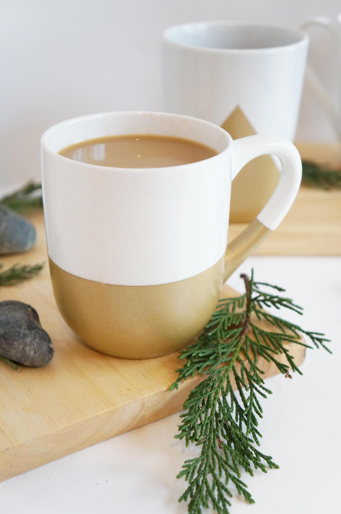 Gold Dipped and Gold Tipped DIY Mug Ideas
