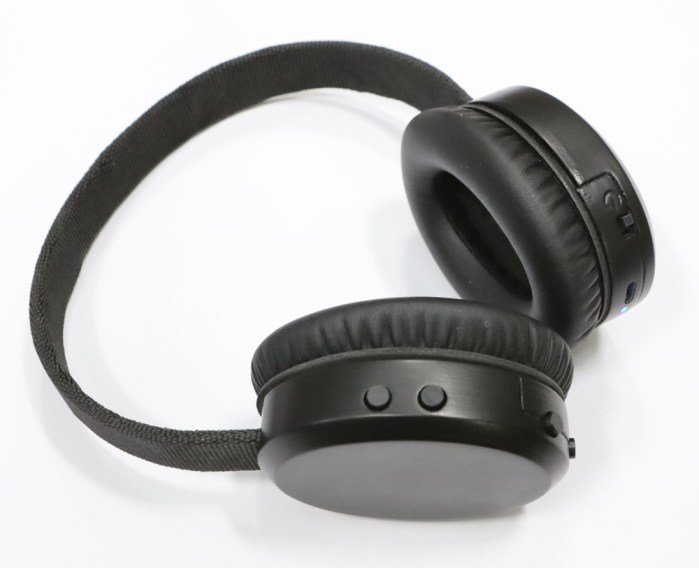 Completd headphones
