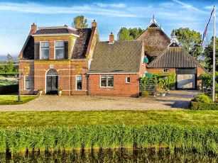 the_netherlands_house_garage