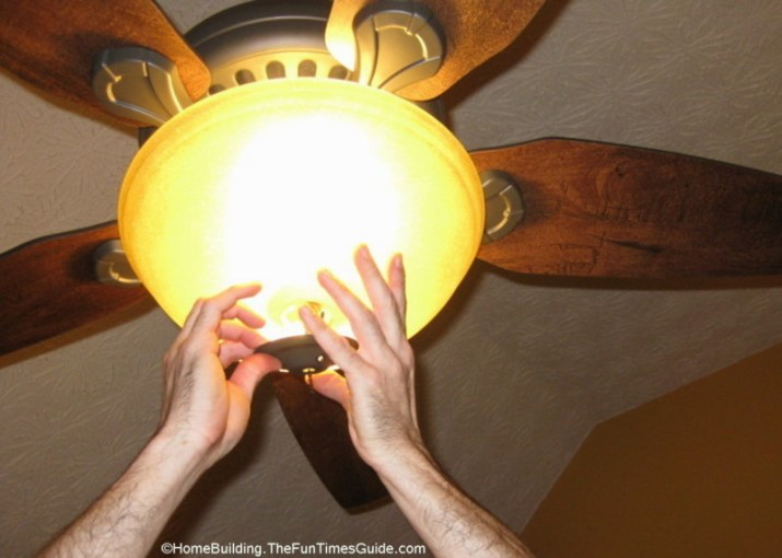 How To Choose And Install A Ceiling Fan   The Homebuilding Remodel Guide JPG installing the light kit JPG