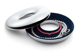 Pudełko na biżuterię DIANA (https://www.homebutik.pl/pudelko-na-bizuterie-diana-13-cm,k008007,a1930.html)