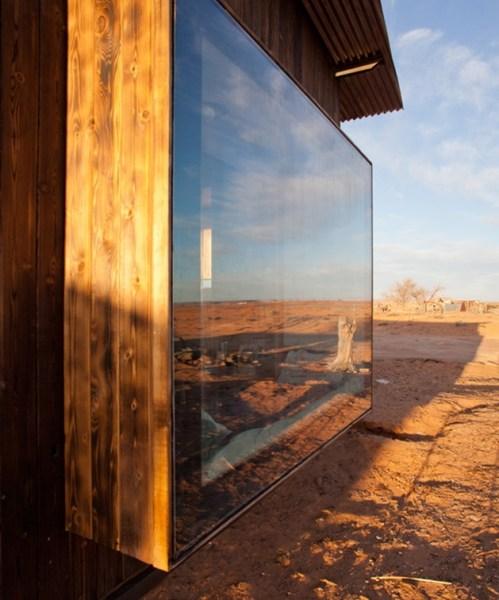 nakai-house-utah-features-wall-shelves-bedroom-niche-7-north-window-thumb-630x944-24895