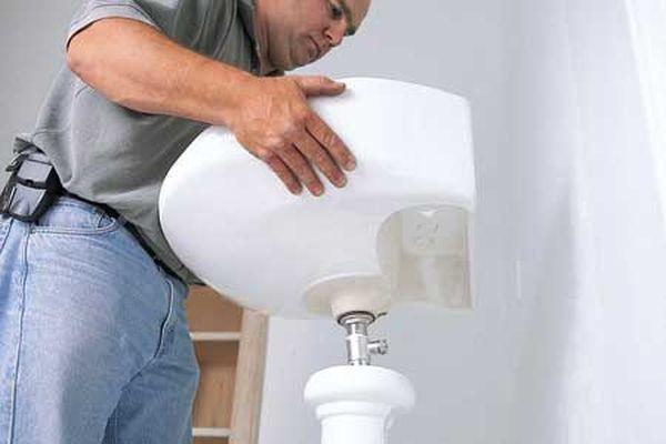 Install-a-New-Bathroom-Sink_2
