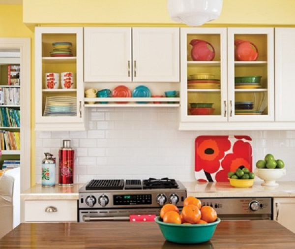 bright_yellow_kitchen_my08_0