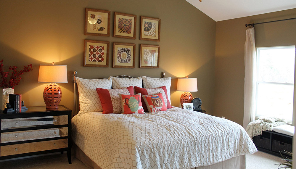 11 Cheap DIY Makeover Ideas For Your Bedroom ... on Cheap Bedroom Ideas  id=26837