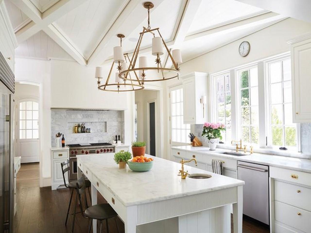 10 stylish kitchen lighting ideas to