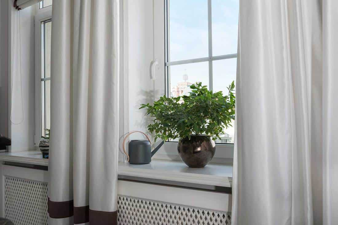 what curtains go with white walls