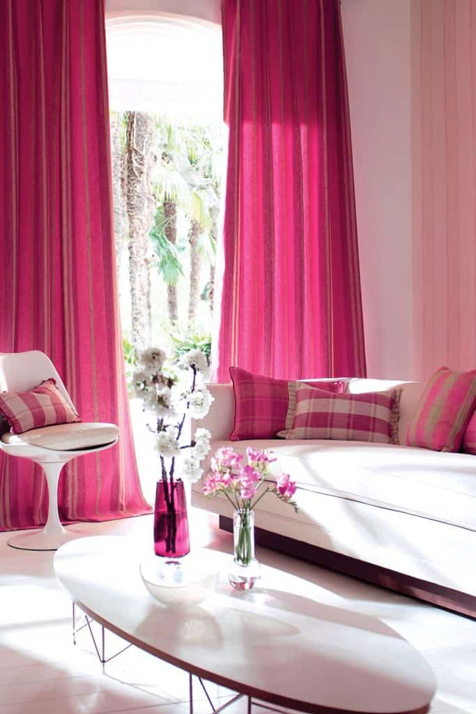 what curtains go with pink walls