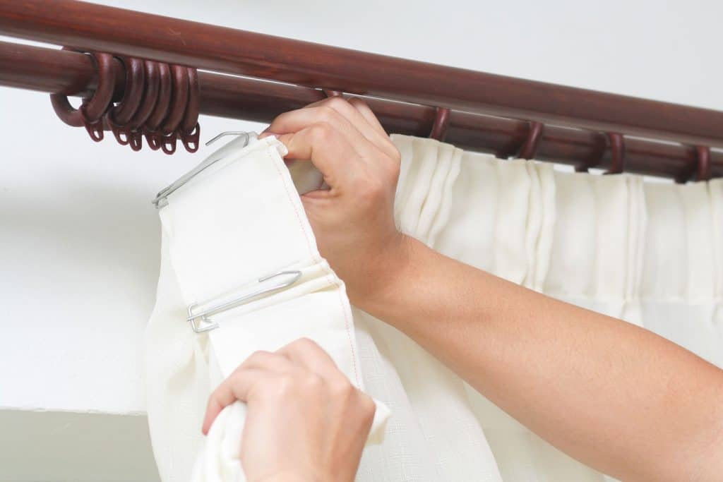 how to hang pinch pleat curtains 5