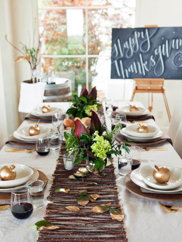 thanksgiving table settings Martha Stewart