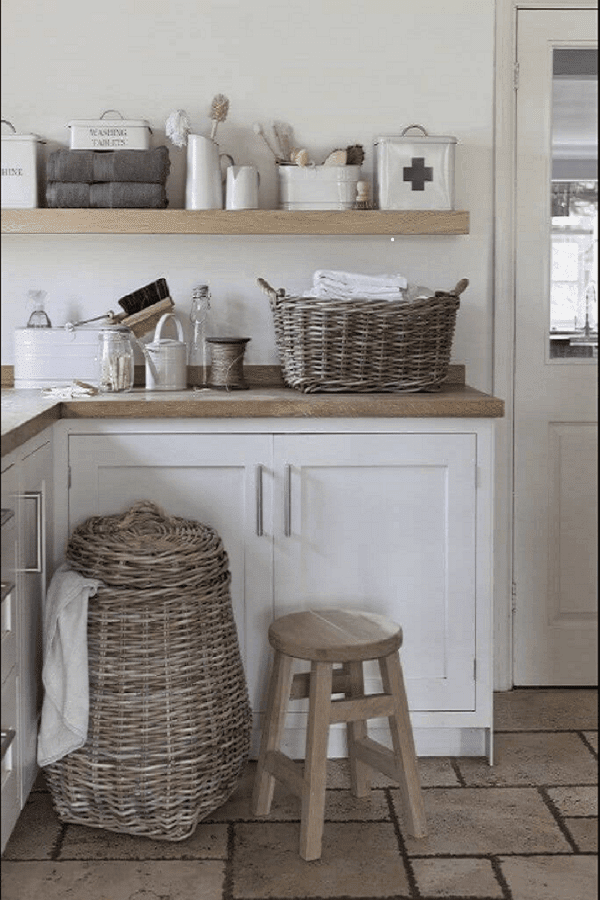 vintage style laundry room decor